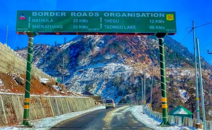 Nathula Border Road In Sikkim