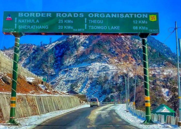 Nathula Border Road In Sikkim